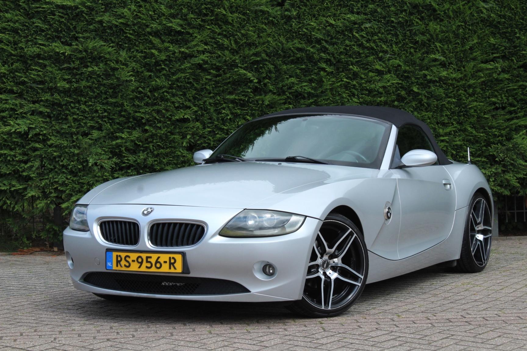 BMW-Z4-0