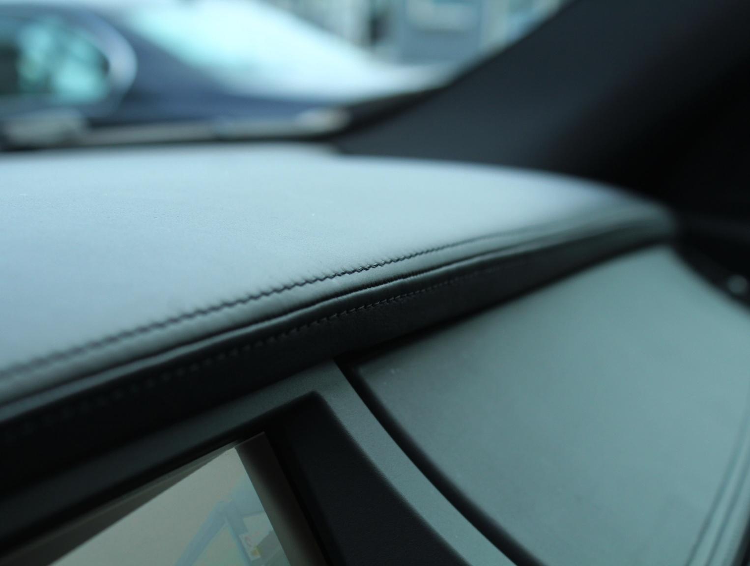 BMW-X6-29